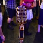 100人以上が集まり歌好きが熱狂する、カラオケオフ会「カラバカ」の楽しさとは